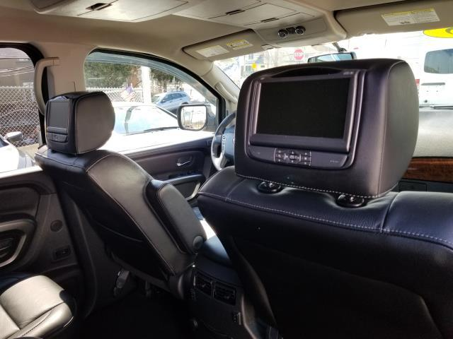2015 Nissan Armada Platinum 19