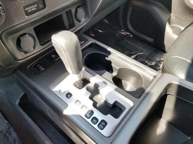 2015 Nissan Armada Platinum 26