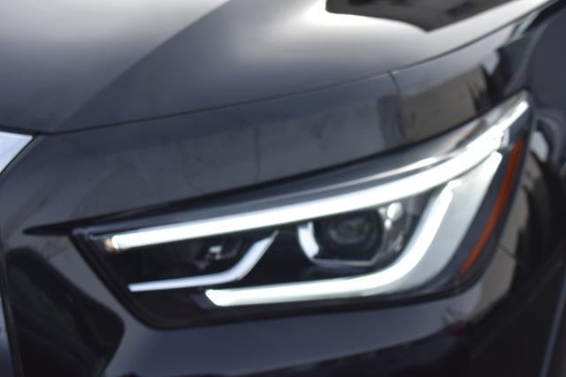 2018 INFINITI QX80 AWD 6