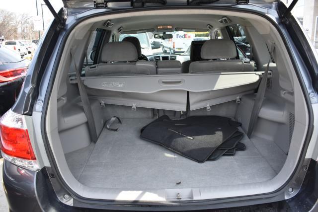 2011 Toyota Highlander Base 5
