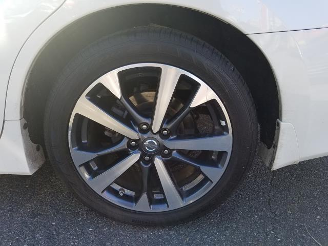 2017 Nissan Altima 2.5 SR 10
