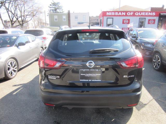 2018 Nissan Rogue Sport SL 4