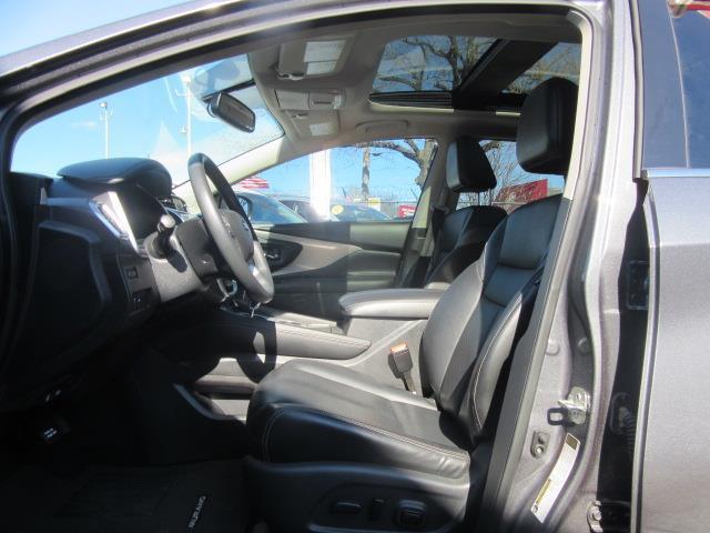 2017 Nissan Murano SL 11