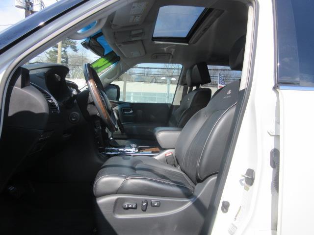 2014 INFINITI QX80 4WD 4dr 10