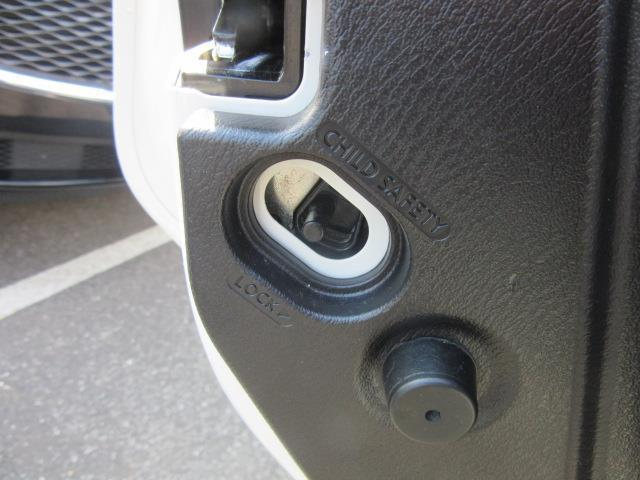 2014 INFINITI QX80 4WD 4dr 14