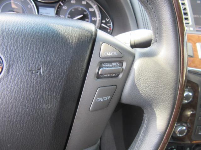 2014 INFINITI QX80 4WD 4dr 20