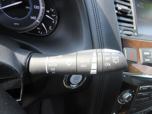 2014 INFINITI QX80 4WD 4dr 23