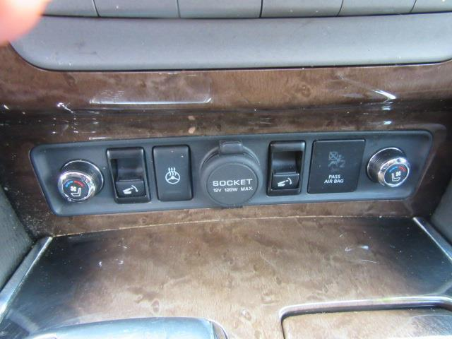 2014 INFINITI QX80 4WD 4dr 25