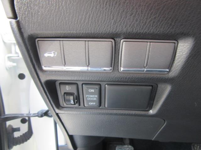 2014 INFINITI QX80 4WD 4dr 18