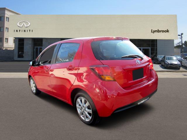 2015 Toyota Yaris LE 1