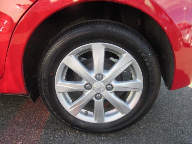 2015 Toyota Yaris LE 9