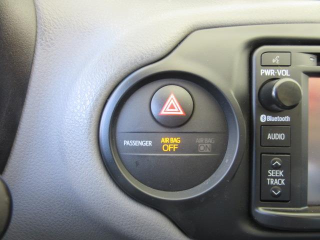 2015 Toyota Yaris LE 25