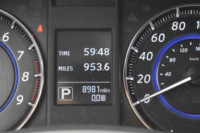 2017 INFINITI QX70 AWD 28