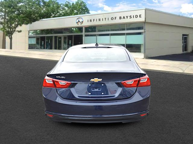 2017 Chevrolet Malibu LS 3