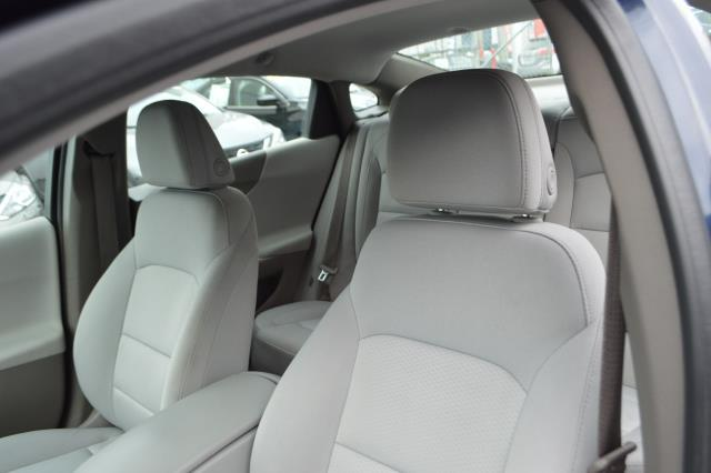 2017 Chevrolet Malibu LS 10