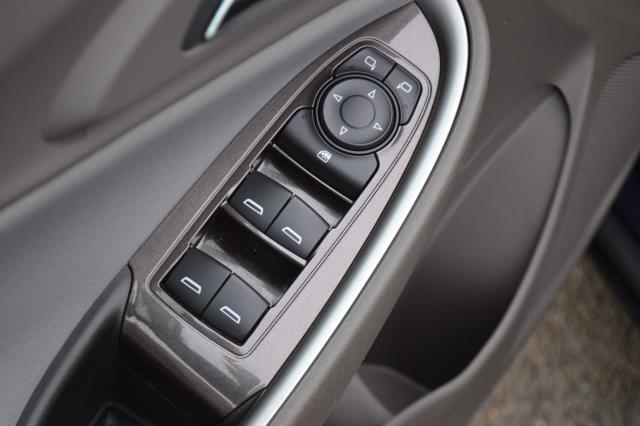 2017 Chevrolet Malibu LS 18