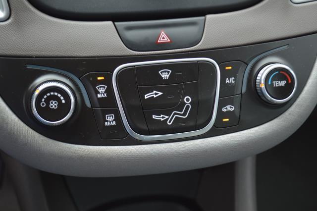 2017 Chevrolet Malibu LS 22