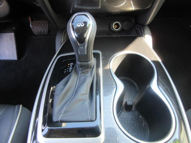 2018 INFINITI QX60 AWD 24