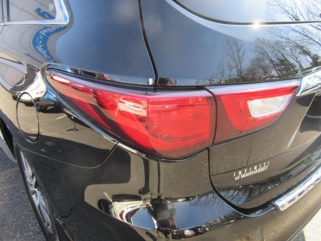 2018 INFINITI QX60 AWD 7