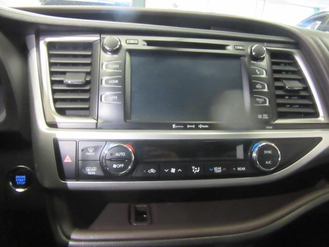 2016 Toyota Highlander XLE 22