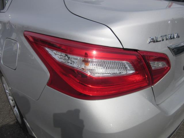2016 Nissan Altima 2.5 S 7