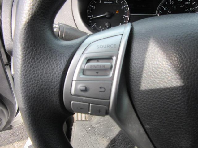 2016 Nissan Altima 2.5 S 18