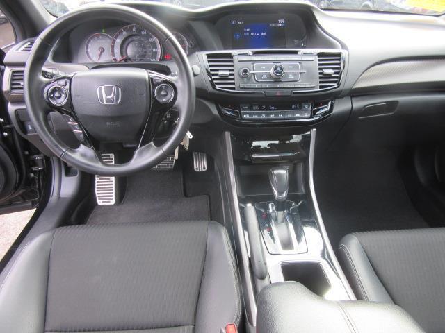 2016 Honda Accord Sedan Sport 13