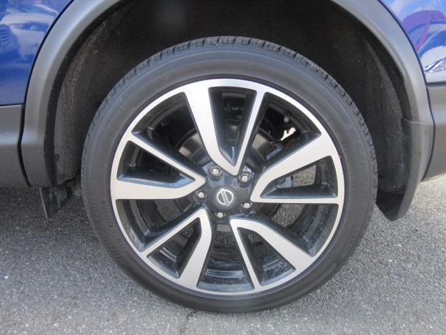 2018 Nissan Rogue Sport SL 10