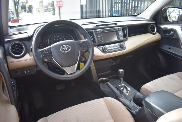 2013 Toyota RAV4 XLE 13