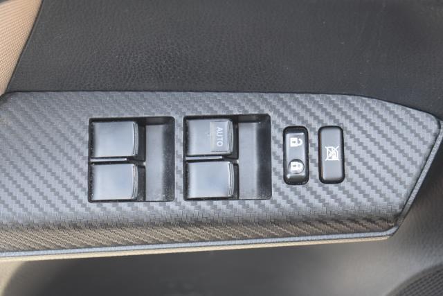 2013 Toyota RAV4 XLE 15