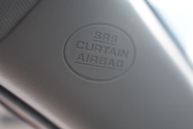 2013 Toyota RAV4 XLE 27