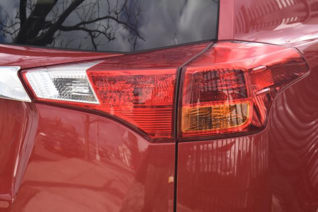 2013 Toyota RAV4 XLE 7