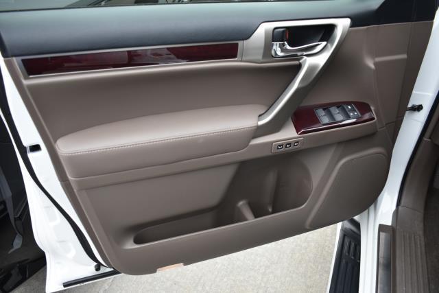 2017 Lexus GX GX 460 8
