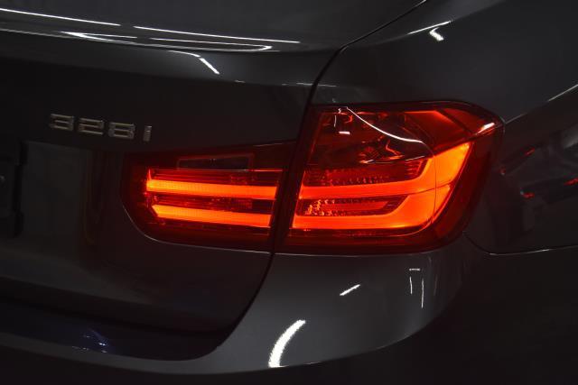 2014 BMW 3 Series 328i 9