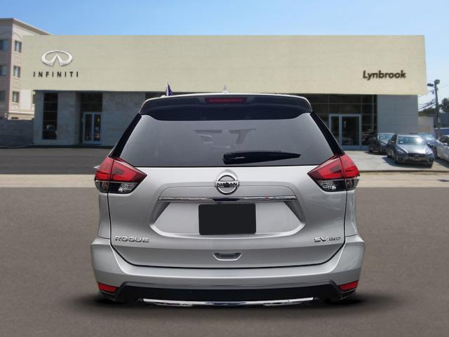 2017 Nissan Rogue SV 2