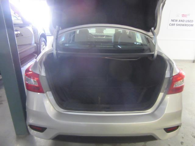 2017 Nissan Sentra S 3