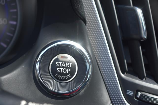 2015 INFINITI Q50 Premium 19