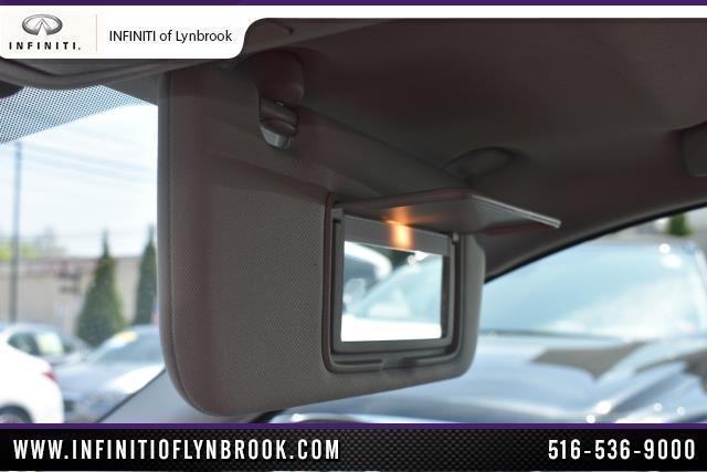 2015 INFINITI Q50 Premium 26