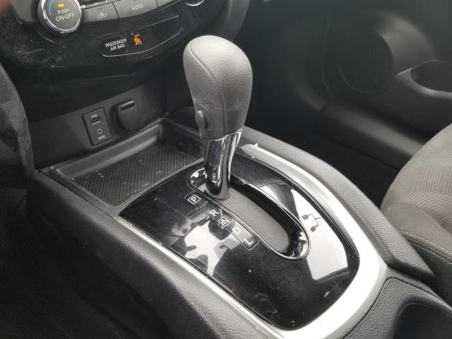 2016 Nissan Rogue SV 24