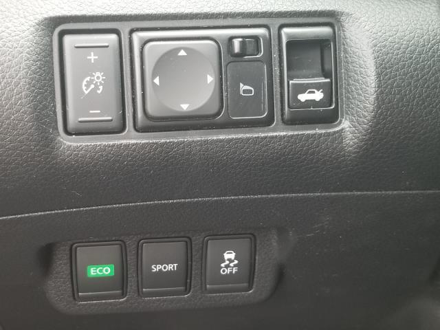 2016 Nissan Sentra SV 18