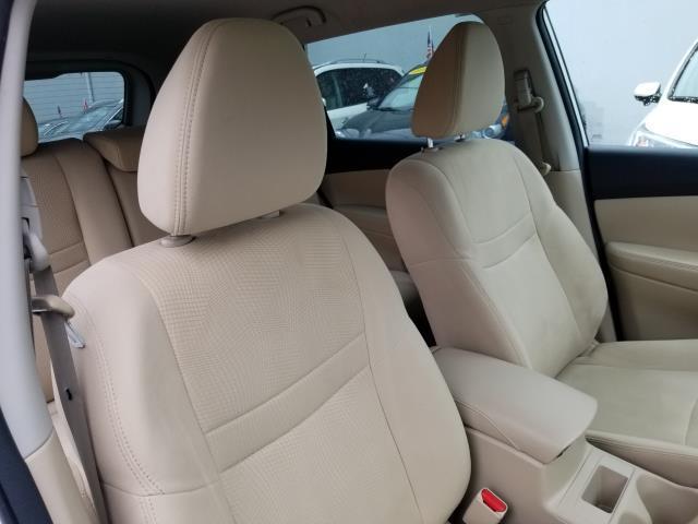 2016 Nissan Rogue S 14