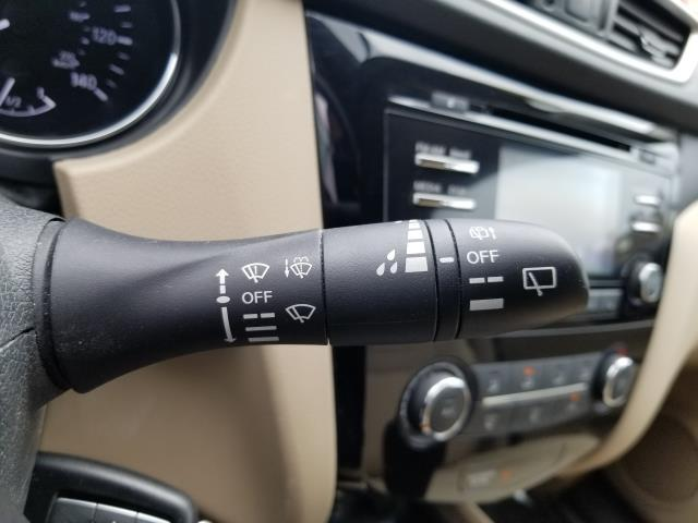2016 Nissan Rogue S 25
