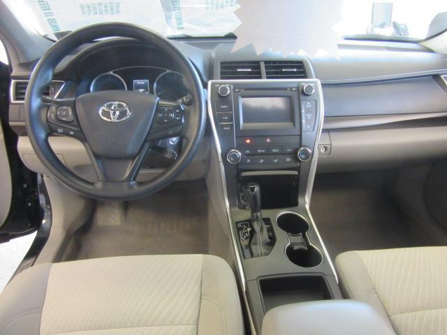 2017 Toyota Camry LE 10