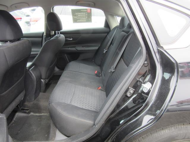 2016 Nissan Altima 2.5 S 11