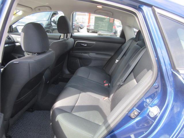 2018 Nissan Altima 2.5 SR 12