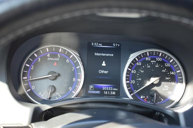 2015 INFINITI Q50 Premium 17