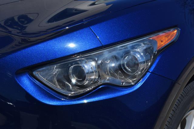 2016 INFINITI Qx70 AWD 4dr 7