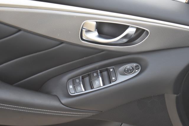 2015 INFINITI Q50 Premium 16