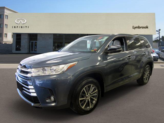 2017 Toyota Highlander XLE 0