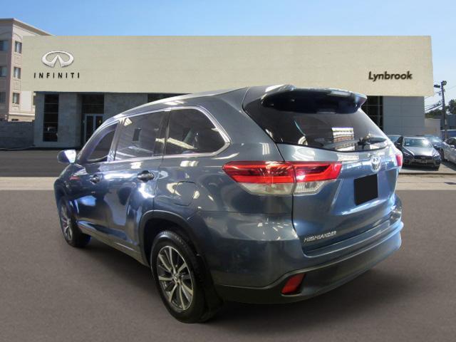 2017 Toyota Highlander XLE 1